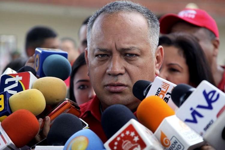 Denuncian que  oposici�n usurp� 20 mil identidades para activar referendo y revocar mandato de Nicol�s Maduro (+ Audio)