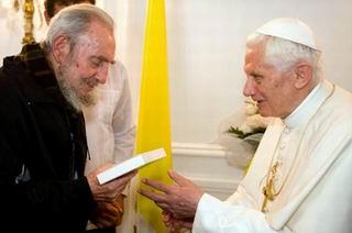 Fidel Castro y Benedicto XV durante el encuentro