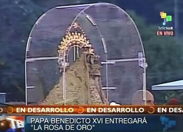 Virgen de la Caridad a su entrada en la Plaza