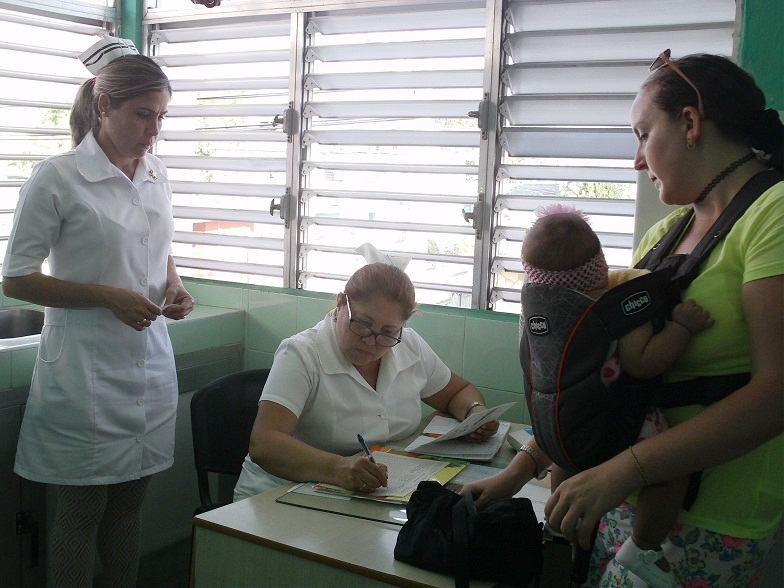 Desarrollan Campaña Nacional de Vacunación Antipolio