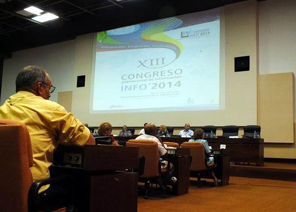 XIII Congreso Internacional de Información (Info 2014). Foto: Abel Rojas Barallobre