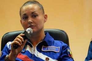 Env�a Rusia al espacio a una mujer: Elena Serova