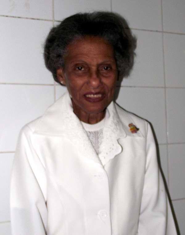 Ángela Alfonso Alfonso, enfermera de más de 40 años de experiencia