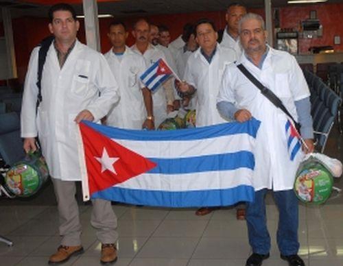 Destacan atenci�n de m�dicos cubanos a chilenos afectados por inundaciones