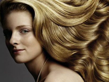 Hallan gen que permite tener el cabello rubio