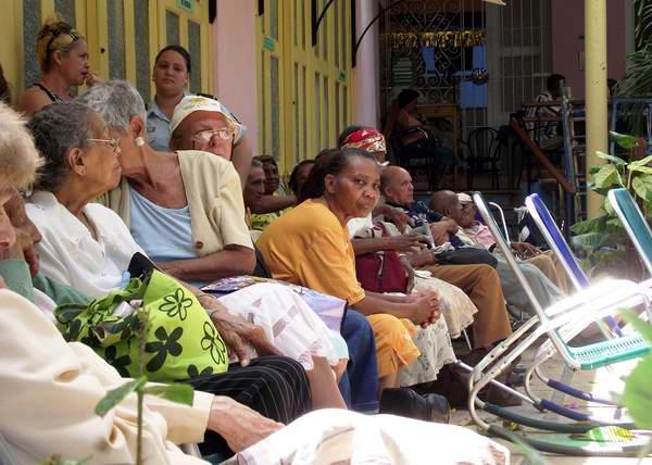 Envejecimiento poblacional: factor social y económico