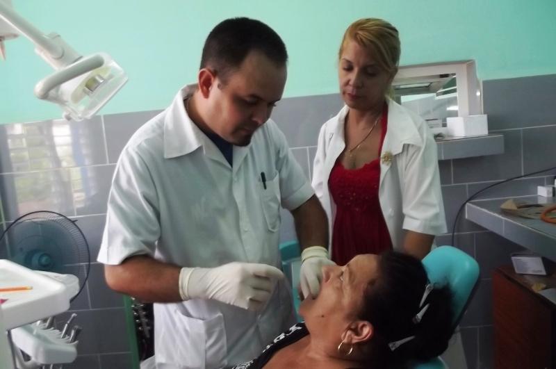 Atención estomatológica con prioridad al Adulto Mayor en Camagüey