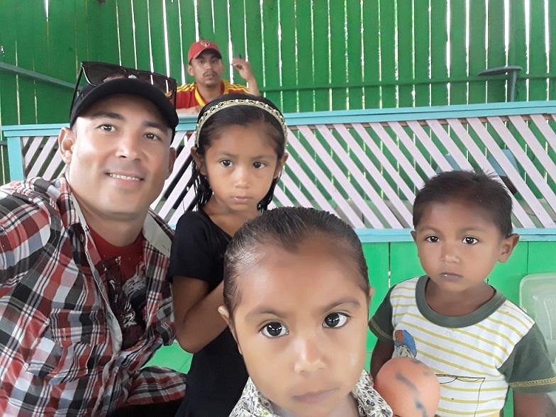 Con los pobres de la tierra el Médico José Concepción echó la suerte