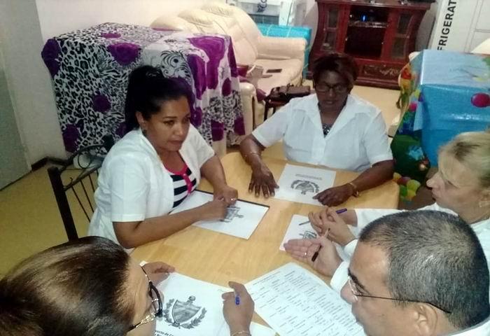 Opinan diplomáticos cubanos sobre Proyecto de nueva constitución