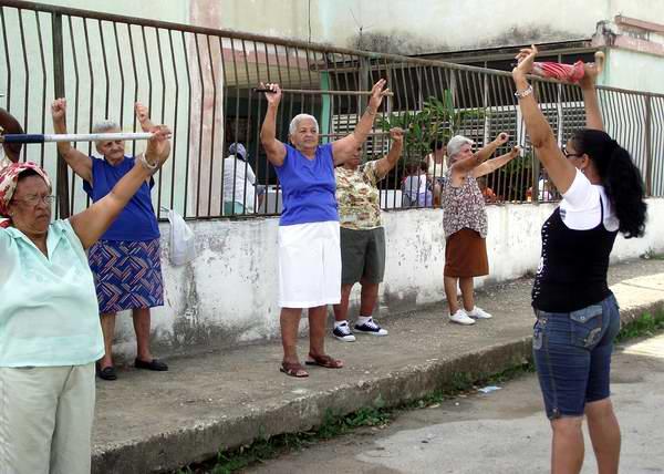 Cuba entre los países con mayor número de adultos mayores. Foto: Abel Rojas Barallobre