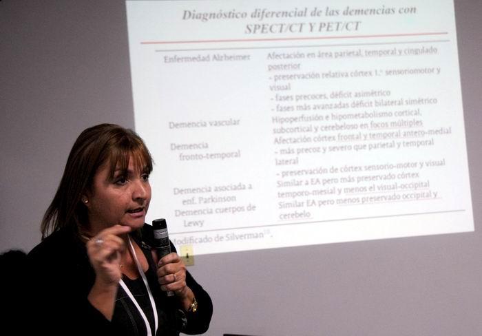 """Presentación de ponencia, en Ia Conferencia Internacional """"Tecnologías Nucleares para la Vida"""", como parte de la II Convención Internacional de Ciencia, Tecnología e Innovación, con sede en el Palacio de Convenciones, en La Habana, Cuba. Foto: Omara García"""