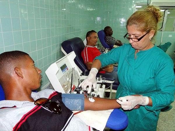 Donantes voluntarios de sangre en Camagüey cumplen sus compromisos