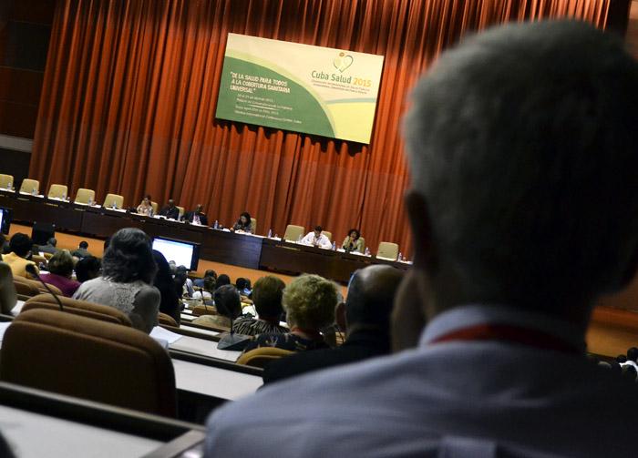 Centran debates desaf�os de los sistemas de salud del mundo