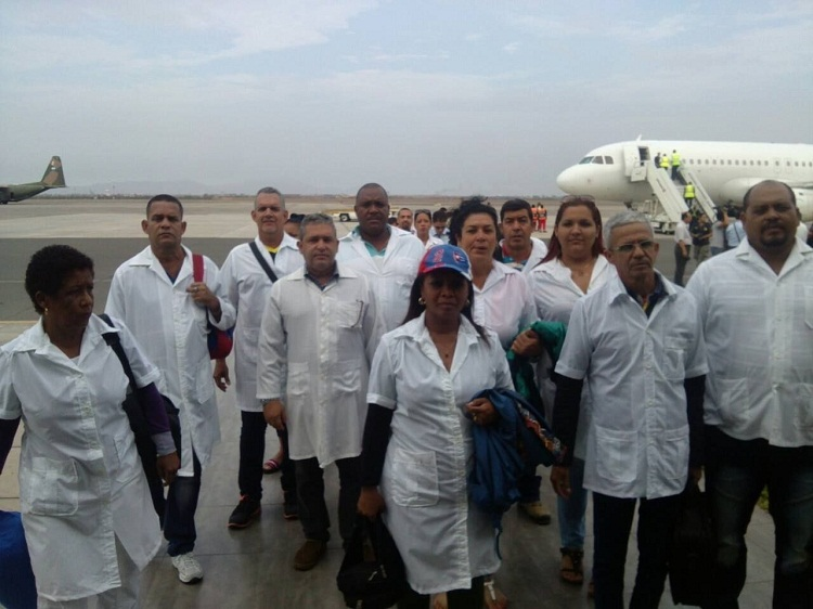 Documentary highlights Labor of Cuban Doctors in Bolivia