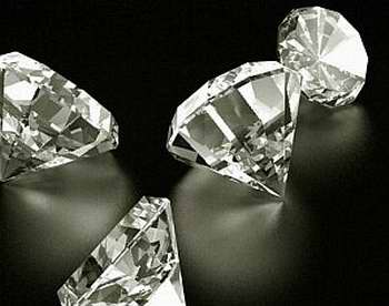 Explican cuántos años tienen los diamantes