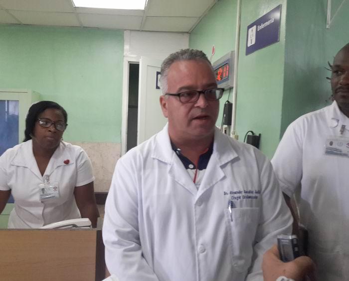 Doctor Alexander González, especialista en 1er grado en Cirugía Cardiovascular