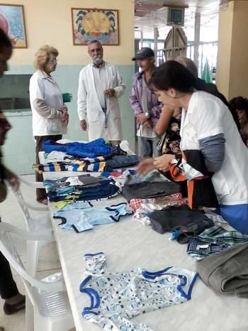 Donativo realizado por el médico hileno Carlos Godoy para los niños con cáncer del Hospital Pediátrico Juan Manuel Marquez. Foto Rosemary Bernal