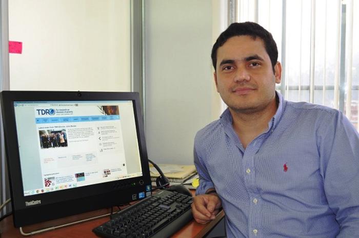 Doctor colombiano, funcionario de la OMS, Laureano Mestra