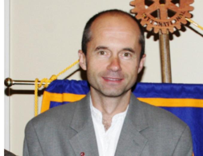 El doctor Mach, líder del equipo de Investigación, política y contención de la erradicación de la poliomielitis, de la OMS