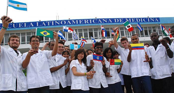 Gradúa la ELAM casi 29 000 jóvenes de distintos países