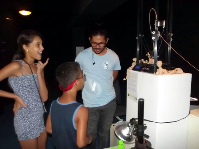 Impresora 3D una novedad tecnológica exhibida en Camagüey.
