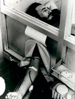 6 de junio de 1970, Fidel Castro dona sangre