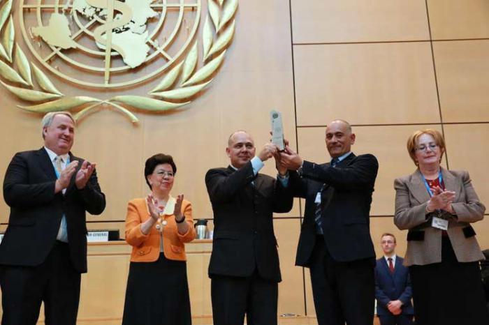 OMS confiere Premio de Salud Pública al contingente cubano Henry Reeve