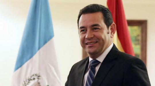Reconoce presidente de Guatemala trabajo de Brigada Médica Cubana