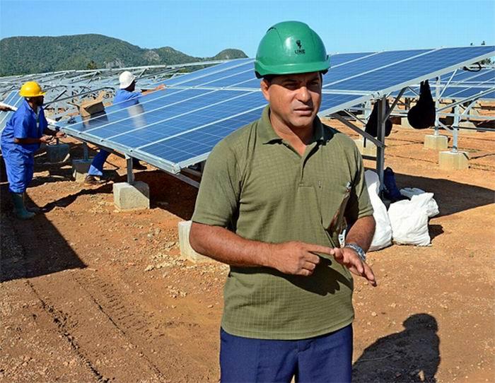 Construyen parques fotovoltaicos en Granma