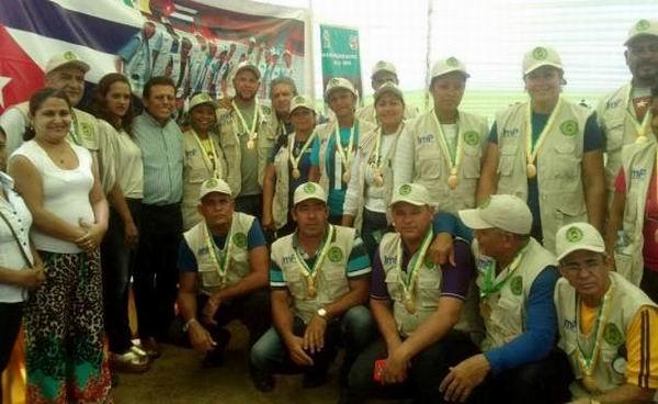 Condecoran a Brigada Médica Cubana Henry Reeve en Piura