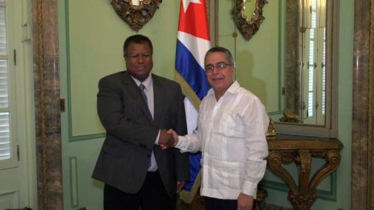 Realiza visita a Cuba Ministro de Salud de Palaos