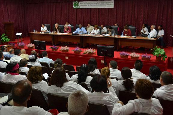 Dignidad y humanismo en trabajadores de la salud cubana
