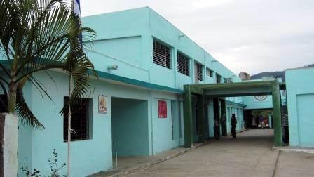 Policl�nico Principal de Urgencia con 28 servicios para la atenci�n primaria integral. Foto: Carlos Sanabia.