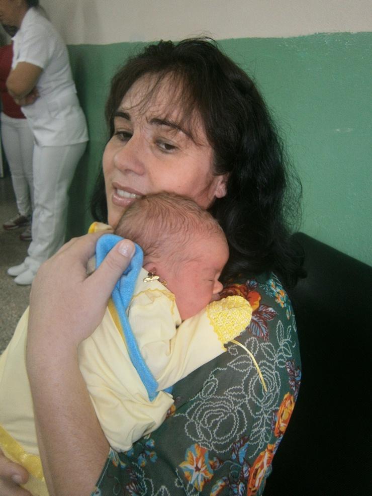 Nace en Cienfuegos primer niño por fertilización in vitro. Foto: Mireya Ojeda