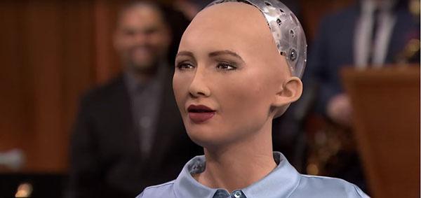 El robot Sofía, se convierte en portada de una influyente revista