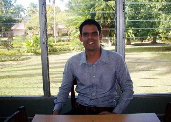 Gana profesor cubano Premio Cortes de Cádiz en Investigación