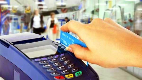 Interesadas autoridades cubanas en desarrollar el comercio electrónico