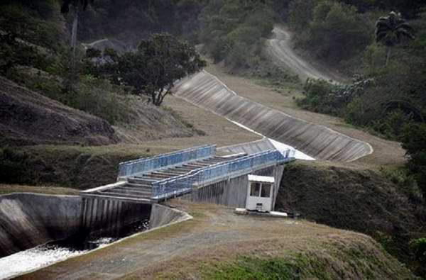 Llama Díaz-Canel a impulsar programas de desarrollo económico