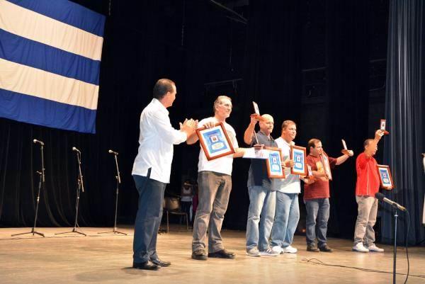 Cárdenas condecora a Los Cinco como hijos adoptivos de la ciudad