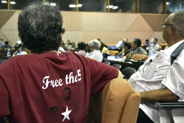 Los Cinco: nuestro mundo reclama una verdadera justicia. Foto Abel Rojas