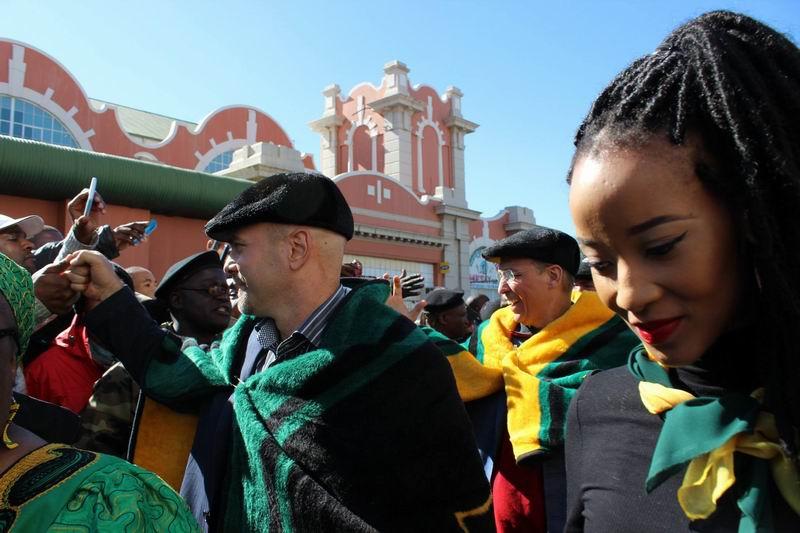 Concluye visita de los Cinco a Sudáfrica y viajan a Namibia