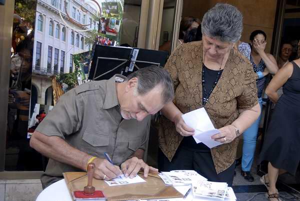 Mariposas de Antonio Guerrero en nueva emisión postal cubana