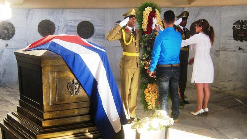 Homenaje de fiscales cubanos a Martí y Fidel (+Audio y Fotos)