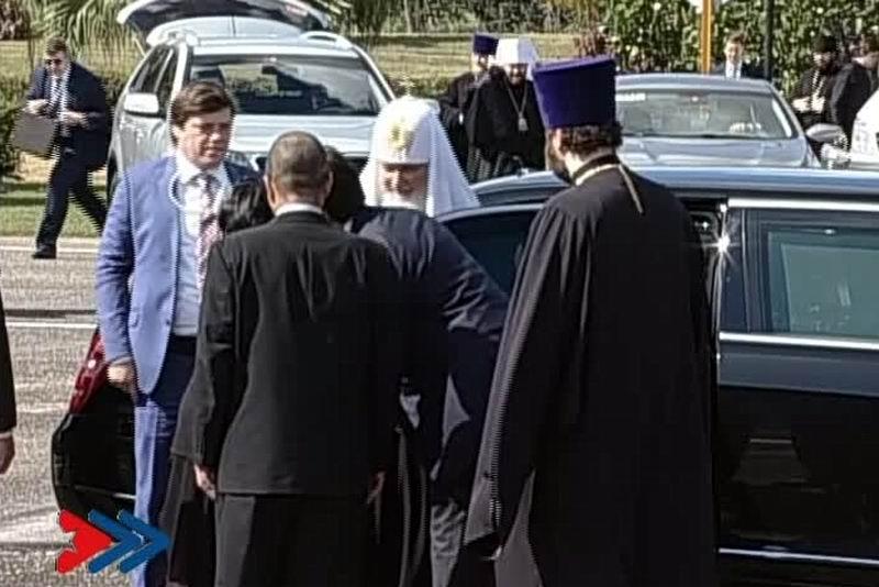 Su Santidad Kirill, Patriarca de Moscú y de Toda Rusia, colocó una ofrenda floral ante el Mausoleo al Soldado Internacionalista Soviético, ubicado en las afueras de La Habana.