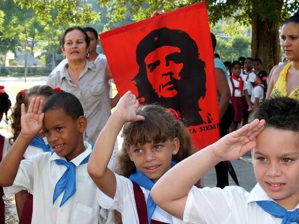 La batalla ideológica: uno de los pilares de Cuba en el 2010