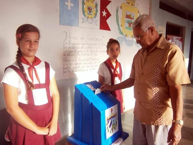 En Cienfuegos votó más del 90 por ciento de electores