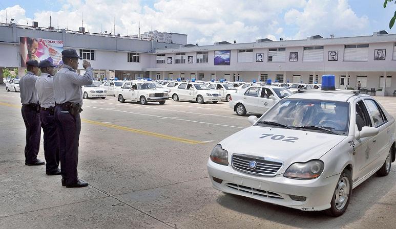 Ministerio del interior guardi n del pueblo de cuba fotos for Ministerio del interior policia nacional del ecuador