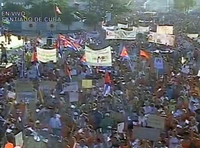Desfile por el 1ro. de Mayo en Santiago de Cuba