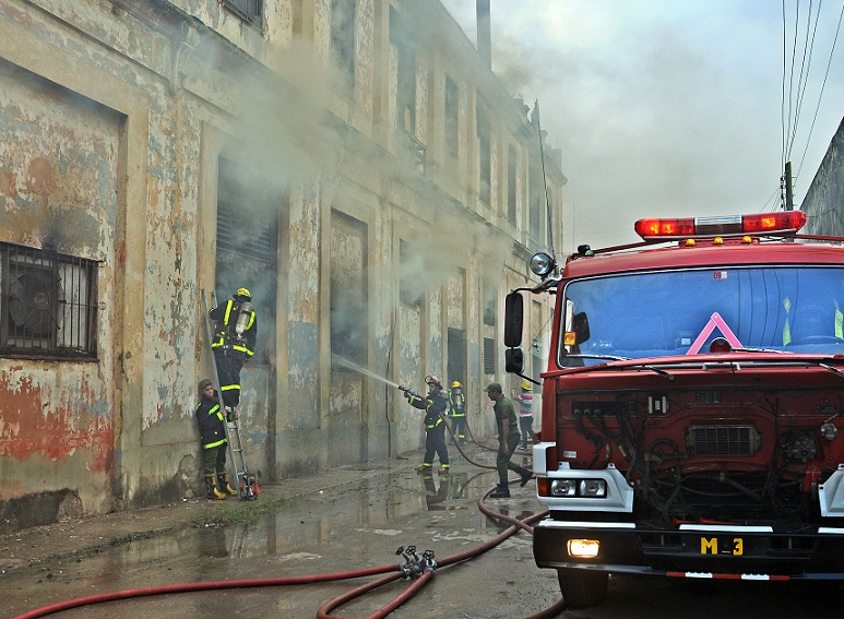 El altruismo de un bombero