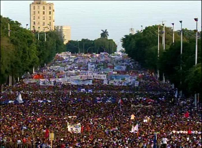 Primero de Mayo en la Plaza de la Revolución José Martí. Nuestra Fortaleza es la Unidad